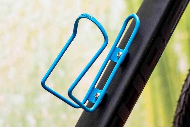 Portabottiglia a cubo HPA blu opaco