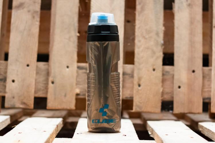 Cube Drinking Bottle Thermo 0,6l nero n grigio n blu